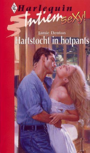 Jamie Denton Hartstocht in hotpants Intiem 1022