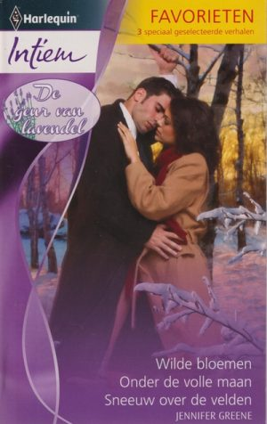 man zwarte jas vrouw camel kleurige winterjas kussen in besneeuwd bos Jennifer Greene Intiem Favorieten 358